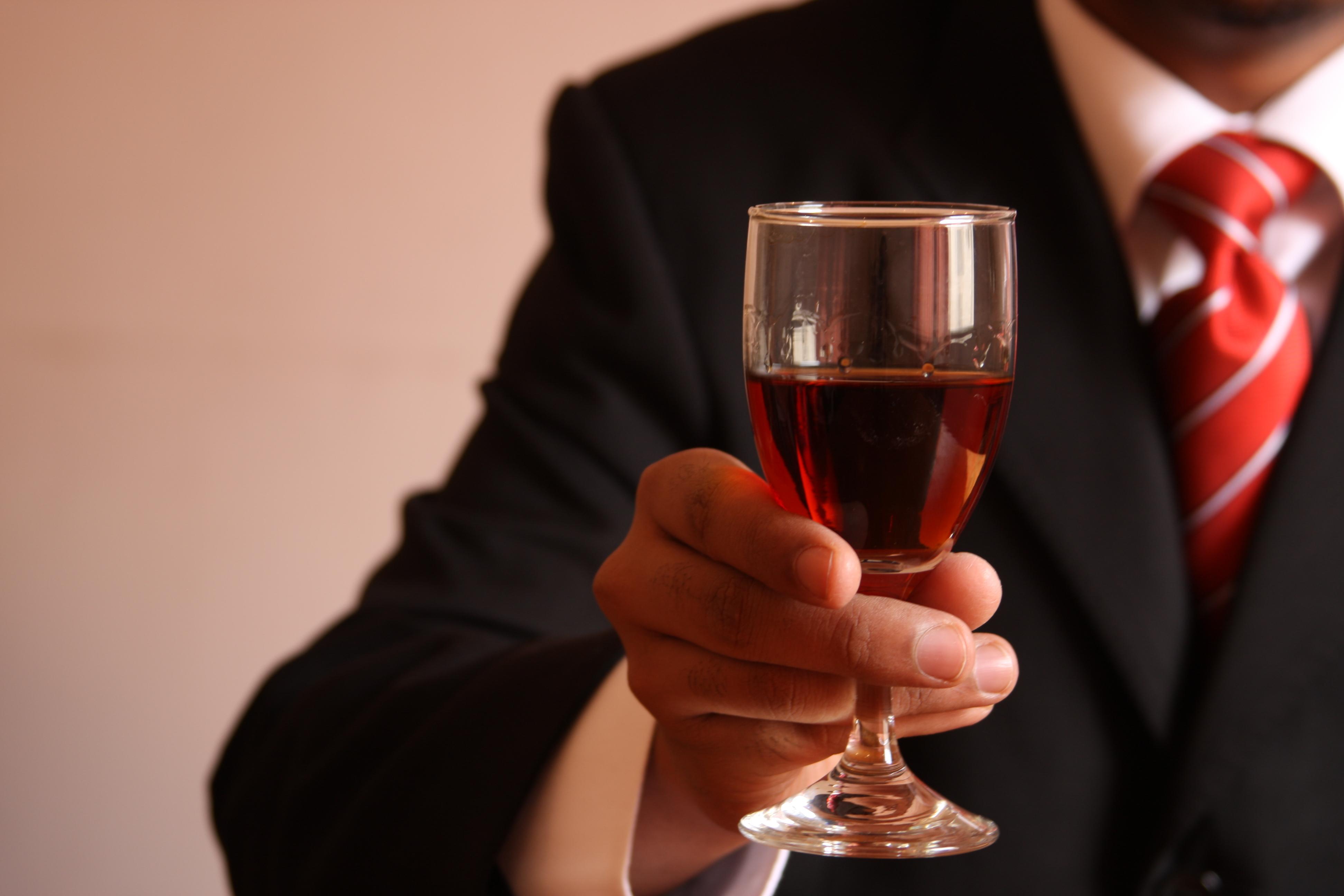 Vinshoppen inviterer til vinsmagning