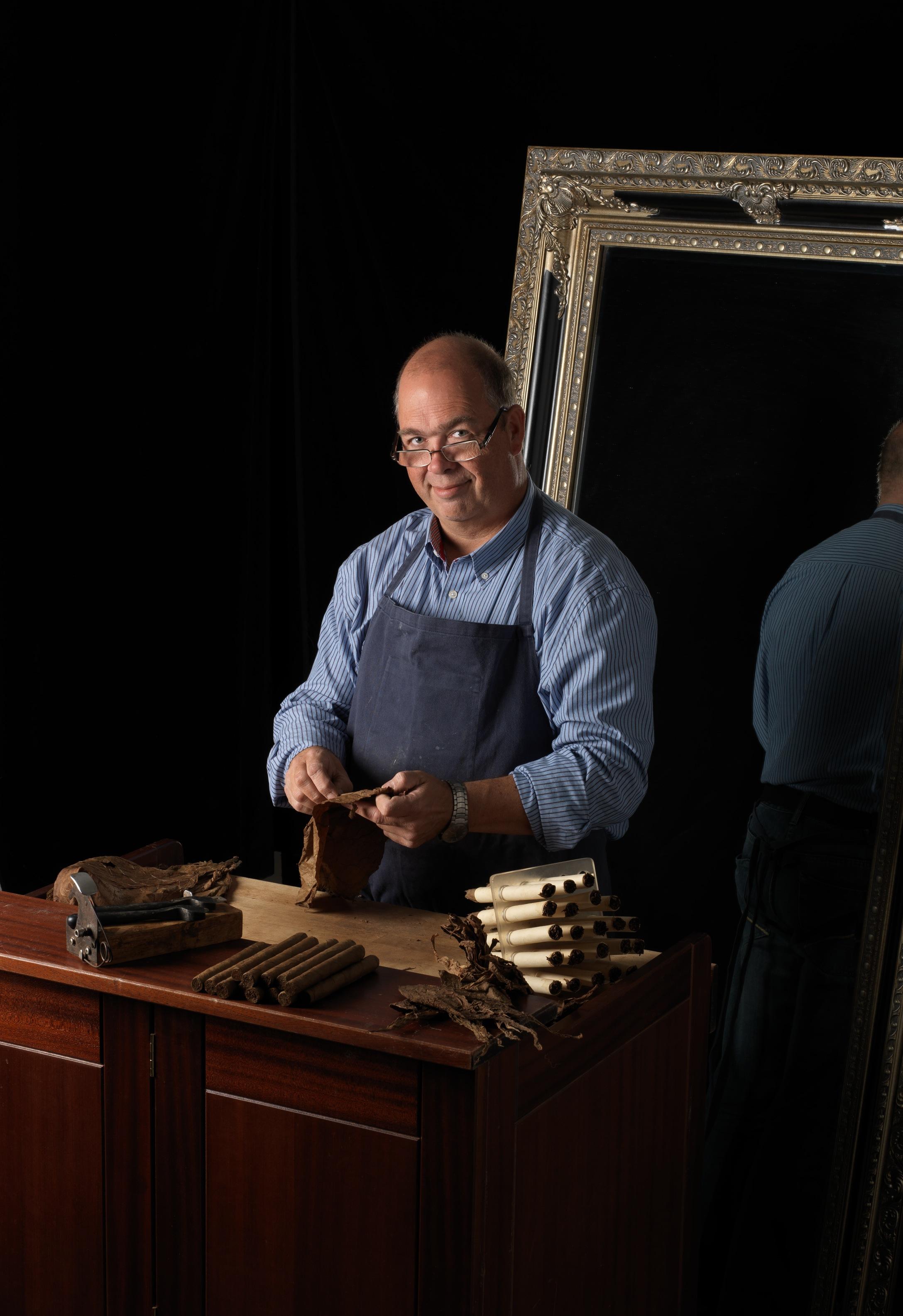 Danmarks eneste cigarmager er klar til at vise håndværket frem