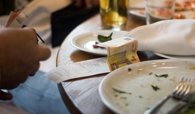 Skal du stå for maden på daten – få hjælp her hvis det er småt med penge
