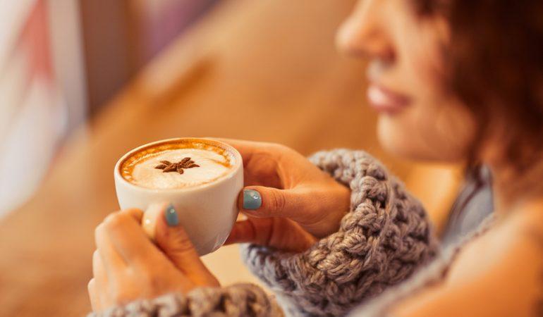 Forkæl dig selv med en kop kaffe i god kvalitet