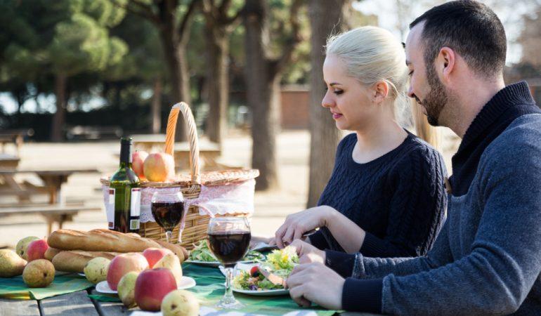 Simple råd til din næste date – kaffe, vin & tapas