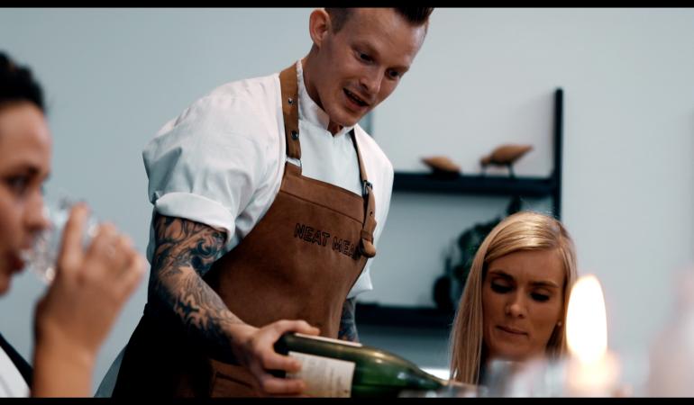 Danskerne tager restaurantoplevelsen hjem i stuen – Private Dining storhitter hos børnefamilier