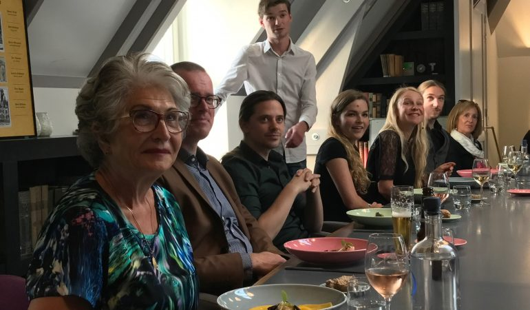 Kok og iværksætter vil hjælpe danskerne til at spise mere sammen