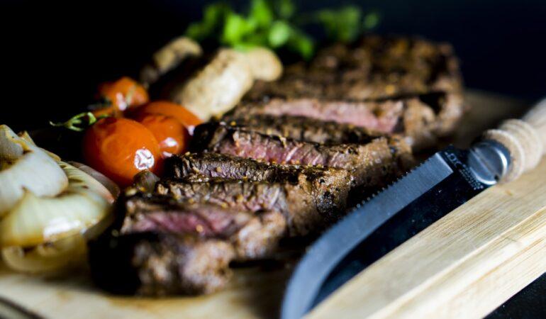 """Prøv byens """"måske"""" bedste steaks"""